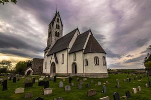 kerk van gothem in gotland, zweden foto