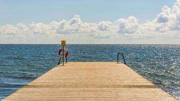 houten pier foto