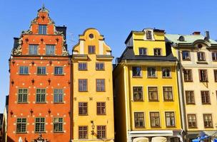 huizen van stortorget plaats in gamla stan, stockholm foto