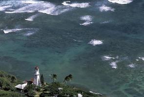 usa hawaii o'ahu, vuurtoren bij diamanthoofd. foto