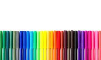 kleurenpen die op witte achtergrond wordt geïsoleerd foto