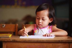 kind schrijven foto