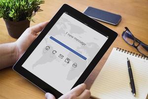desktop tablet mail foto