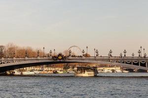brug alexandre iii in parijs foto