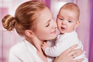 moeder en baby foto