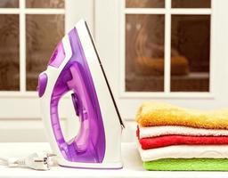 strijken op desktop thuis foto