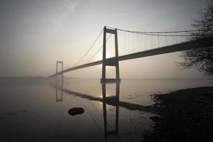 blauwe brug foto