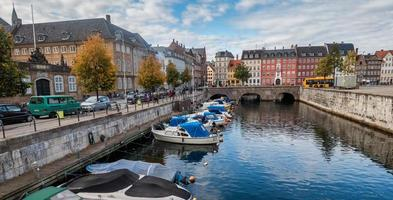 Frederiksholms kanaal in Kopenhagen foto
