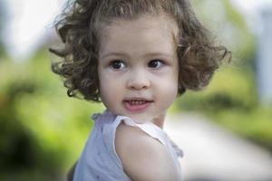 klein meisje portret foto
