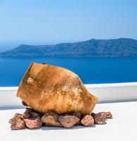 traditionele Griekse vaas op Santorini eiland, Griekenland foto