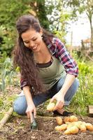 meisje in de tuin foto