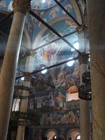 interieur van de kerk in nis, servië foto