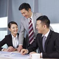 Aziatische zakenmensen