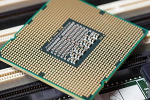 computerverwerkingseenheid op het moederbordcircuit foto