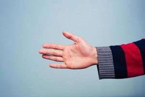 het aanbieden van handdruk foto
