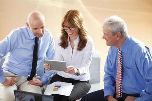 commercieel team op het werk