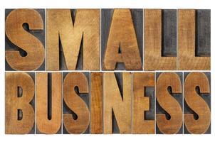 klein bedrijf in houtsoort foto