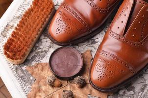 bruine schoenen foto