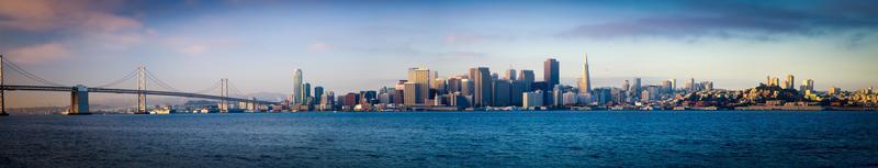 de skylines van San Francisco foto
