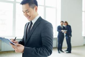 zakenman schrijven plan foto