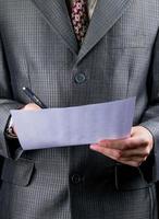 het ondertekenen van een zakelijk contract foto