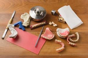werkplek van de tandtechnicus foto