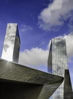 wolkenkrabber binnenstad foto