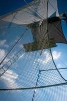 vliegende trapeze in de lucht foto