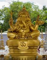 olifantenkop god monnik foto