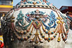 beeldhouwkunst en beeldhouwkunst in nepal-stijl foto