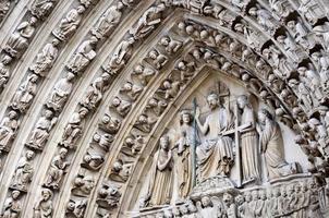 portaal van het laatste oordeel van de notre dame, parijs frankrijk foto