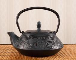 traditionele oostelijke theepot foto