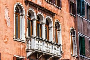 Venetiaans balkon, Italië foto