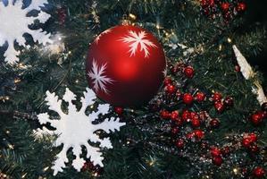 Kerstdecoratie getextureerde kerstballen foto