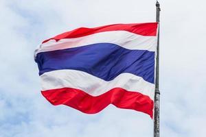 vlag van Thailand op de paal foto