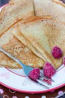 zelfgemaakte pannenkoeken op een bord