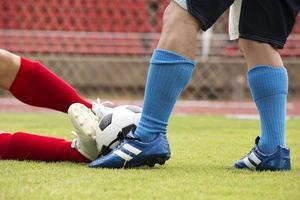 voetballer aangevallen foto