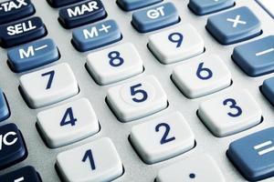 close-up beeld van toetsenbord van de rekenmachine foto