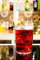 rode drank foto