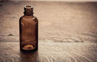 retro medische glazen fles foto