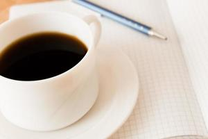 koffie drinken op het werk foto