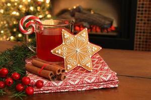 kerstkoekje en drankje. foto
