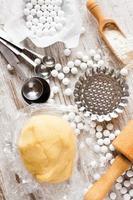 ingrediënten voor deegbodem voor taartje. foto