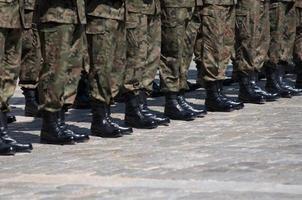 soldaat in formatie foto