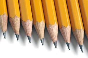 potloden die op wit worden geïsoleerd
