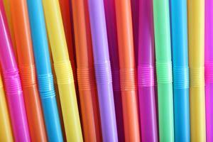 kleurrijke drinkrietjes. foto