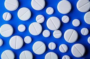 witte tabletten foto