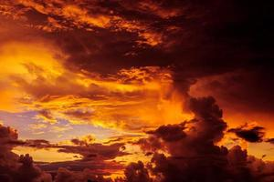 magische onwerkelijke zonsopgang foto