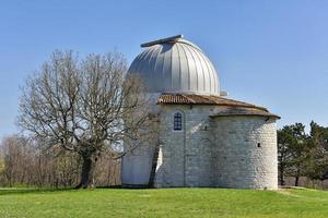sterrenwacht voor astronomie in tican, kroatië foto
