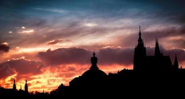 silhouetten van Praag foto